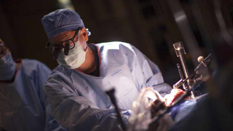 mayo-clinic-q&a-podcast:-covid-19-lung-damage-could-lead-to-a-transplant