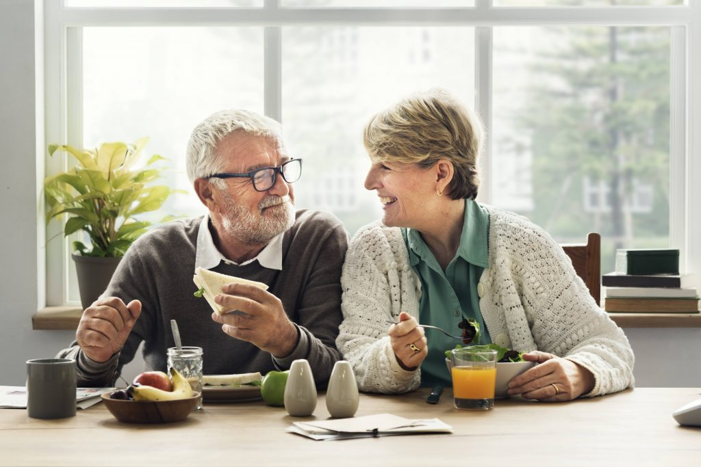 consumer-health:-nutrition-and-mealtime-challenges-with-alzheimer's-disease