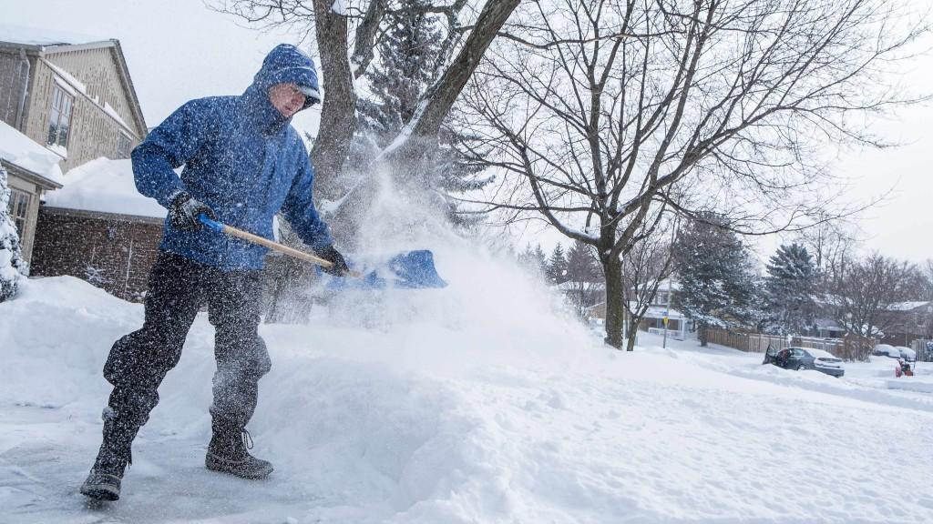 winter-storm-and-safe-shoveling
