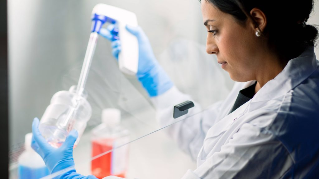 science-saturday:-3-things-to-consider-before-preserving-your-stem-cells