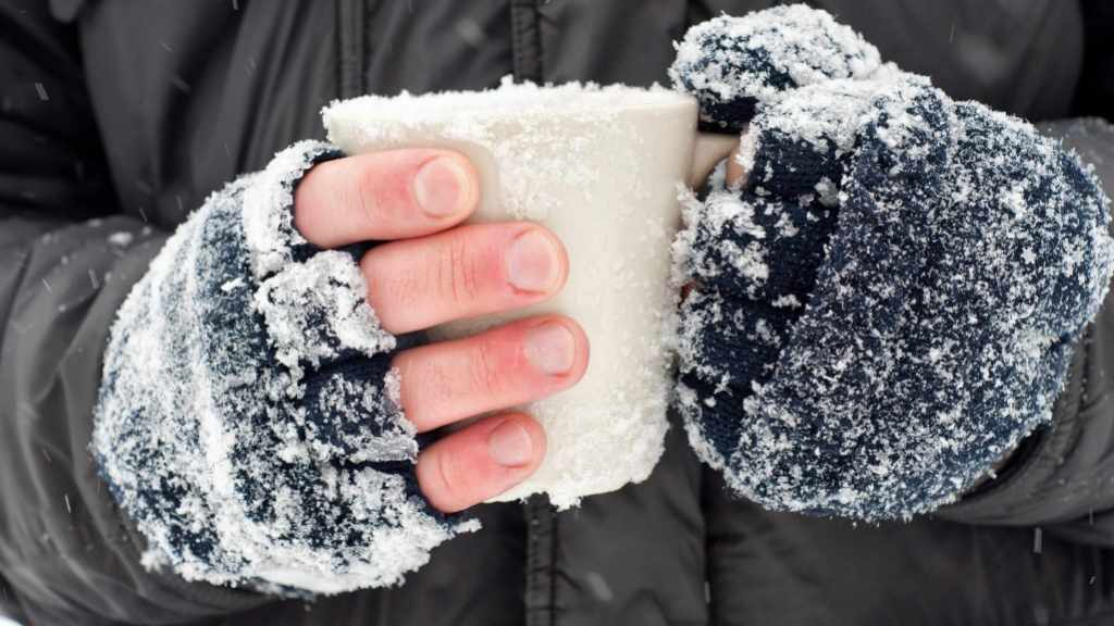 mayo-clinic-minute:-frostbite-risks-during-extreme-cold