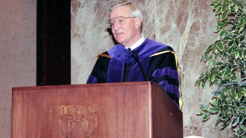 remembering-walter-mondale,-dedicated-public-servant-and-former-mayo-clinic-trustee